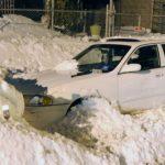 Aracın Üstündeki Karları Temizlerken Araçtaki Eşi Ve 2 Çocuğu Hayatını Kaybetti – Polis Herkesi Bu Sessiz Tehlike Hakkında Uyarıyor