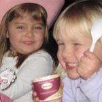 Altı Yaşında Kızı Hayatını Kaybetti – 3 Gün Sonra Kızının Çekmecesinden Bakın Ne Çıktı