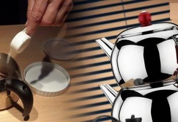 Evde Demlik ve Çaydanlıklarınızı Bu Kadar Basit ve Doğal Bir Yöntemle Parlatabilirsiniz