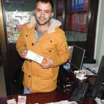 Bir Torbanın İçinde Binlerce TL Para Buldu Sahibini Ararken Paraların Sahte Olduğunu Anladı