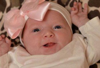 İngiltere de Yeni Doğan Bebek Ağzını Açınca Hemşireler Çok Şaşırdı