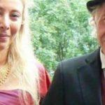 Arkadaşlarının Uyarısına Rağmen Milyarder Adam Kendinden Yaşça Küçük Kadınla Evlendi – Vasiyeti İse Eşini Çok Şaşırttı