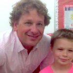 Arkadaşları, Çocukla Pembe Renk Tişört Giyiyor Diye Dalga Geçti. Öğretmen Çocuklara Bakın Nasıl Bir Ders Verdi.