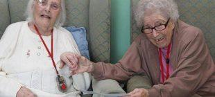 80 Yıl Sonra Huzurevinde Bir Araya Gelen Arkadaşların Hikayesini Okuyunca Ağlayacaksınız.