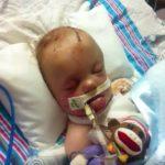 Oğlunun Araçtayken Fotoğrafını Çekti – Çocuk Öldükten 2 Hafta Sonra Yaptığı Hatayı O Karede Gördü