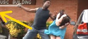 Adam, Kız Arkadaşına Fiziksel Şiddet Uygulamaya Yeltendiği Sırada Bakın Başına Ne Geldi. Keşke Gerçekte de Böyle Olsa