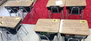 Öğrenciler, Sınava Girmek İçin Sınıfa Geldiklerinde Masalarının Üzerinde Bakın Ne Gördüler.