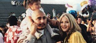 Çocukken Ailesiyle Bu Fotoğrafı Çektirdi – 17 Yıl Sonra Bakın O Anları Nasıl Yeniden Canlandırdı