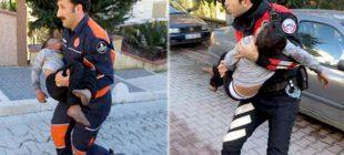 İzleyenler gözyaşlarını tutamadı! İtfaiye eri yorulunca polis memuru aldı ve…