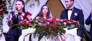 Yeşim Salkım'ın kızının Düğününde davetlileri şaşırtan bir misafir vardı…