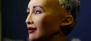 Robot Sophia artık bir vücuda sahip!