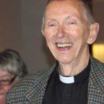 30 yıllık Alman papaz ismini 'Ahmed' olarak değiştirdi! Hayatını bakın kimin uğruna değiştirdi…