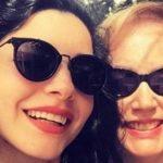 Ünlülerin ünlü olmayan anneleri bakalım benzetebilecek misiniz?