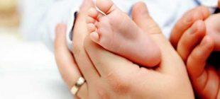 Bebeğinizi Ayağını Öpmeyin Bakın Sonradan Ne Çıkıyormuş