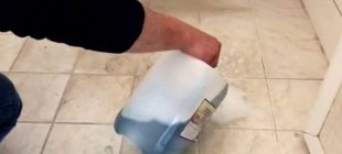Banyo Fayansları Nasıl Temizlenir ? Meğer Ne Kolaymış… Bunca Çileyi Boşa Çekmişiz