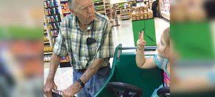 4 Yaşındaki Kız Adama Yaşlı Dedi – Adamın Cevabı Harika Oldu