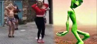 Demet Akalın, Çağla Şıkel ve Yeliz Yeşilmen'in de dahil olduğu yeni akım: Yeşil uzaylı dansı