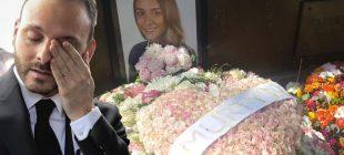 İran'da düşen jette hayatını kaybeden ve dün toprağa verilen Mina Başaran'ın nişanlısı mezarlığa gitti, bu çiçeği bıraktı…