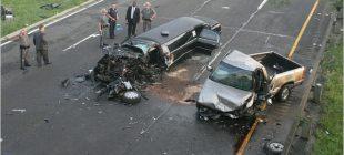 Alkollü Sürücü Gelinle Damadın Aracına Çarptı – Polis Aracın İçini Açınca Şoka Uğradı