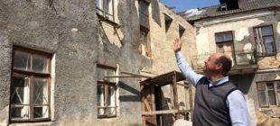 Evi tadilat yaptırıyordu… Kirişin arasından inanılmaz bir şey çıktı
