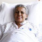 Türkiye'de ilk kez yapılan ameliyatla karaciğer kanseri öğretmen sağlığına kavuştu