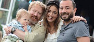 Ünlü oyuncu eşi ve oğluyla Bebek'teydi… Babasının Kopyası