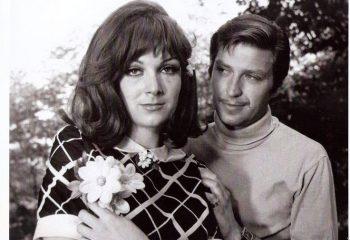 Türk sinemasının en yakışıklı kötü adamıydı. Eşi ve kızı karavanda yaşıyor