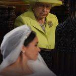 Törende büyük gerilim! Kraliçenin yüzü bir an olsun gülmedi!